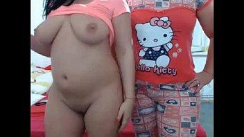 Nudevista loirinhas se pegando