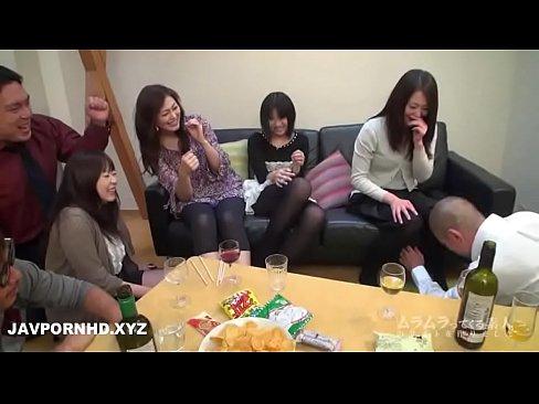 Videos De Novinhas putaria em grupo familiar