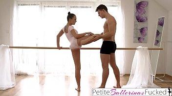 Coroas Videos Comendo A Bailarina Dançando