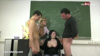 Pornodoido putaria online do mundo adulto