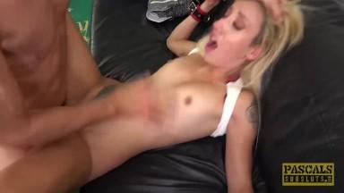 Stoya videos de sexo amador no sexo brutal com essa safada