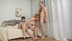 Exvideos transa sensual com casal XXX
