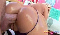 Vídeos pornôs de sexo anal comendo o cu dela