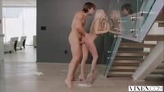 Novinha chupando videos de sexo amador com magrinha
